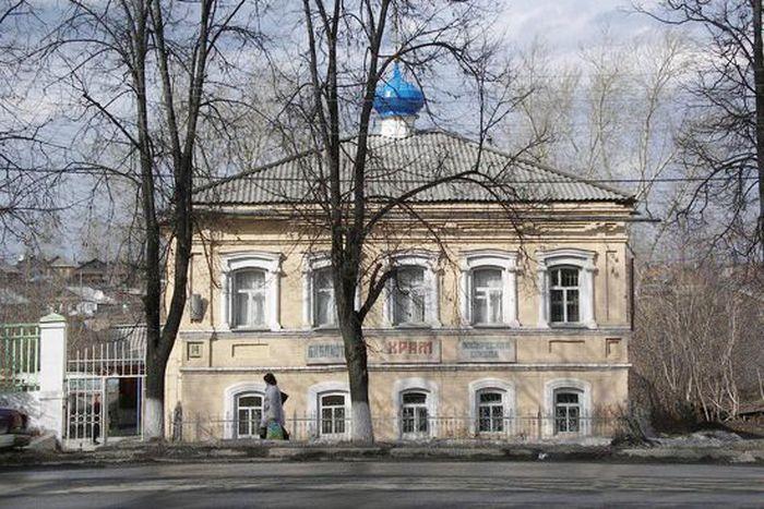 Екатеринбургская, г. Реж, Свердловская обл. (храм)