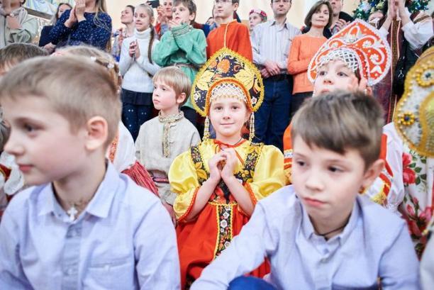 Приходской праздник «Рождество Христово» – в русском народном костюме