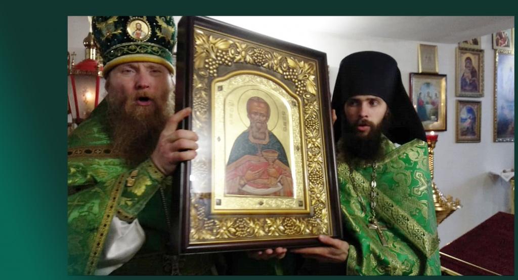 Украина, Херсон: Просим помощи в строительстве дома Божьего