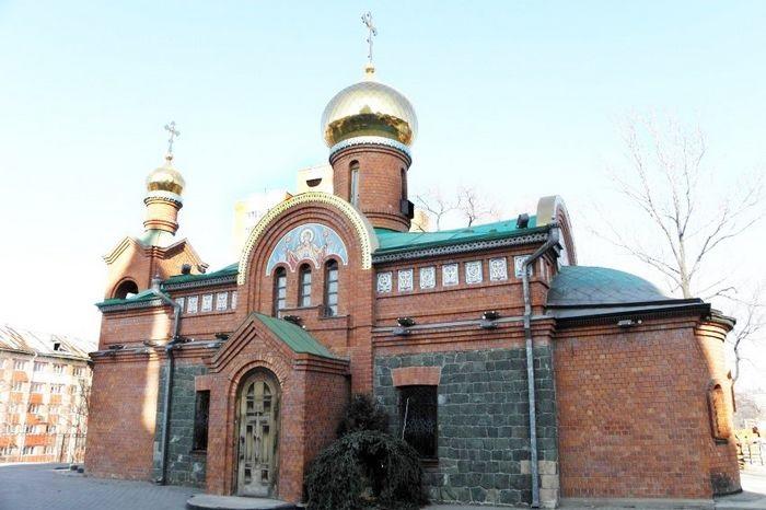 Владивостокская, г. Владивосток (храм)