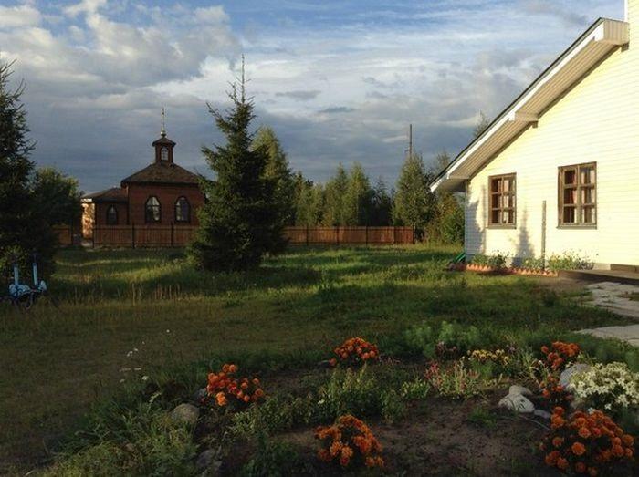 Выборгская, пос. Мельничный ручей, Ленинградская обл. (дом трудолюбия)
