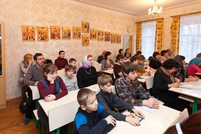 Иоанновский монастырь приглашает детей и взрослых в воскресную школу