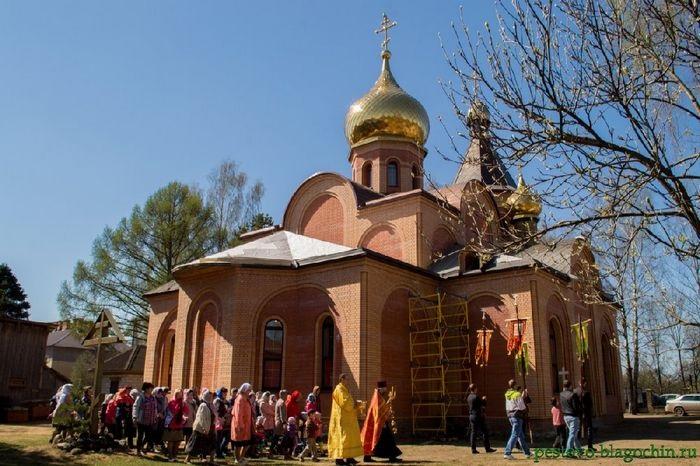 В Пестово Новгородской обл. из храма украли пожертвования
