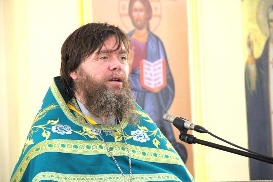 Будет книга: жителей Нижнекамска призывают поделиться воспоминаниями об отце Георгии Пестрецове