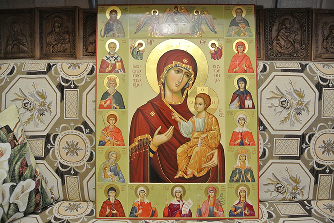 Освящена Иверская икона для храма Пояса Богородицы