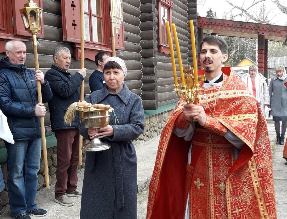 Архангельская, п. Пукса (храм)