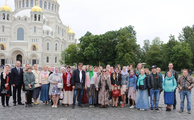 «Встреча» с памятью святого: репортаж о праздновании дня прославления Иоанна Кронштадтского (продолжение)