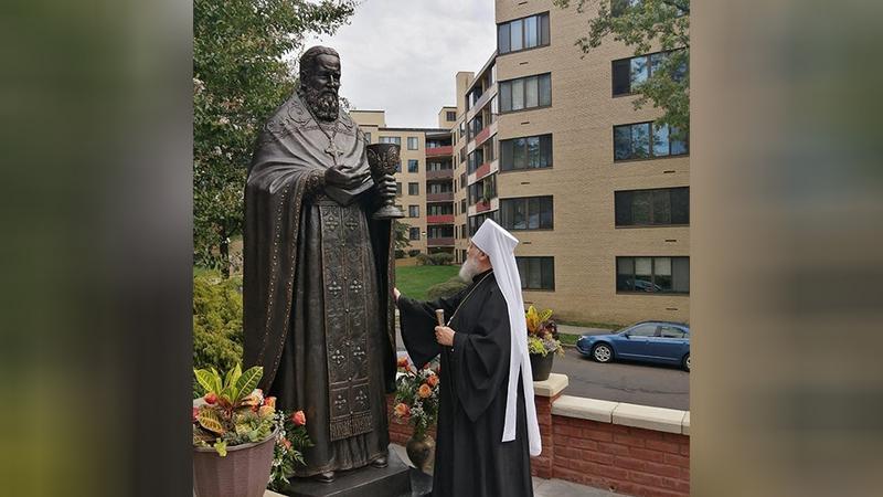 Предстоятель РПЦЗ освятил памятник св. прав. Иоанну Кронштадтскому в Вашингтоне